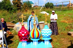 В день Успения Пресвятой Богородицы в д. Бердь Искитимского района состоялась литургия и освящение куполов