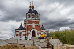 Храм в честь Новомученников и Исповедников земли Русской готовится к освящению