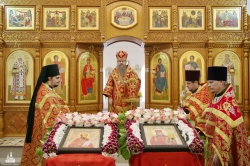 В день памяти священномучеников Николая и Иннокентия, пресвитеров Новосибирских состоялась Божественная литургия
