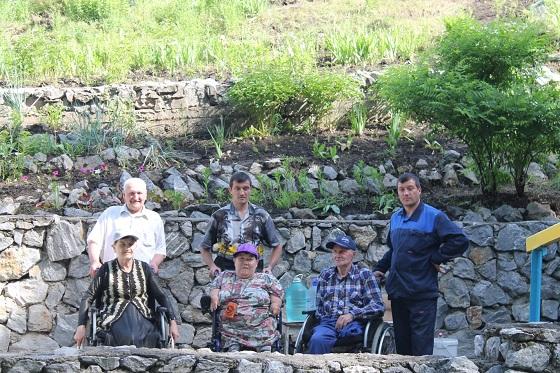 Бердские инвалиды побывали на Святом источнике