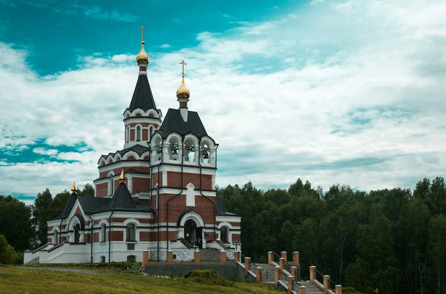 Церковно-исторический музей при храме в честь Новомучеников и Исповедников Церкви Русской на Святом источнике возобновляет свою работу